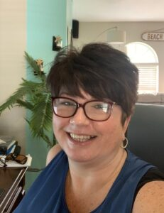 Senior Procesor Becky Ohlinger